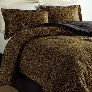 Gorgeous Leopard Comforter Set