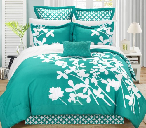 Gorgeous Turquoise and White Floral 7-Piece Comforter Set