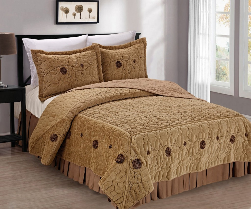 11 cute bedspreads for a beautiful bedroom for Beautiful bedspreads