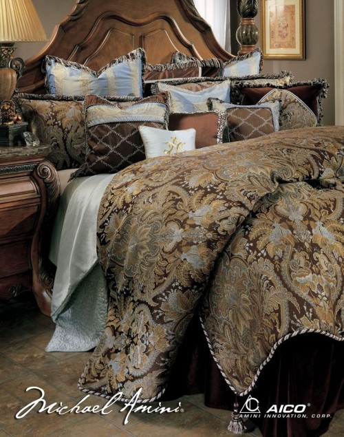 Beautiful Luxury Comforter Sets For Your Bedroom