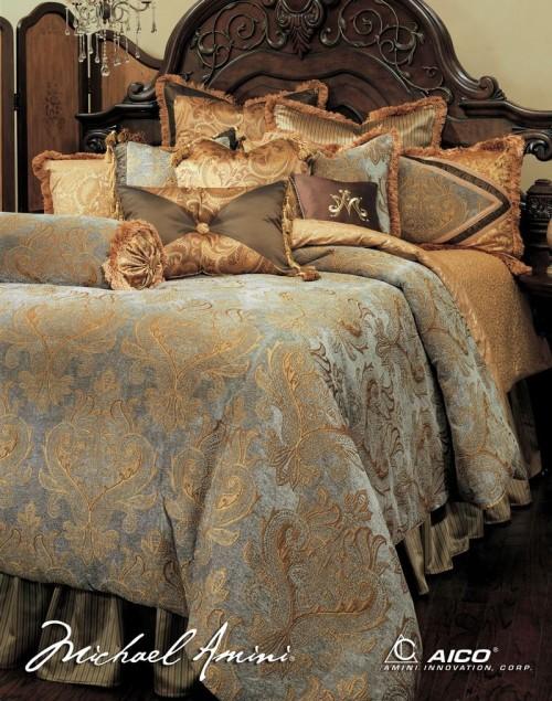 Luxurious 13 Piece Comforter Set