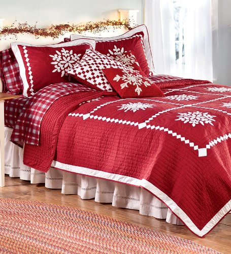 Cutest christmas comforters and bedding sets for Beautiful bedroom comforter sets