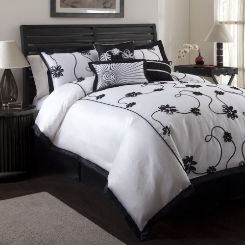 Black and White Floral Comforter Set