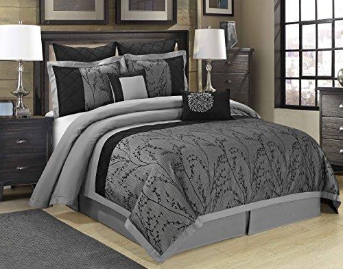 Elegant Silver Bedding